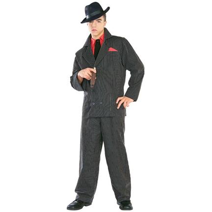Темно-серый, блестяще-темно-серый или черный костюм тоже в тему.