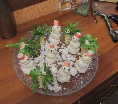 Как украсить блюда для новогоднего стола