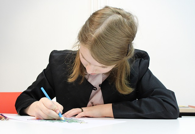 Помогаем своему ребенку делать уроки