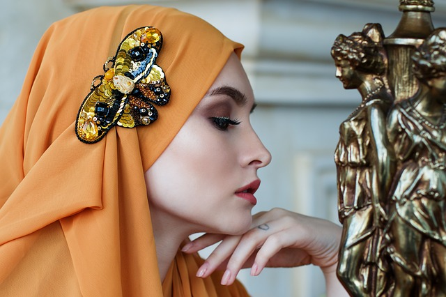 Как выбрать шелковый платок