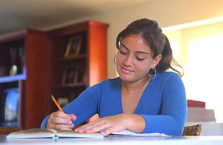 Запишите все ваши мысли и опишите чувства, которые вы испытываете по отношению к нему