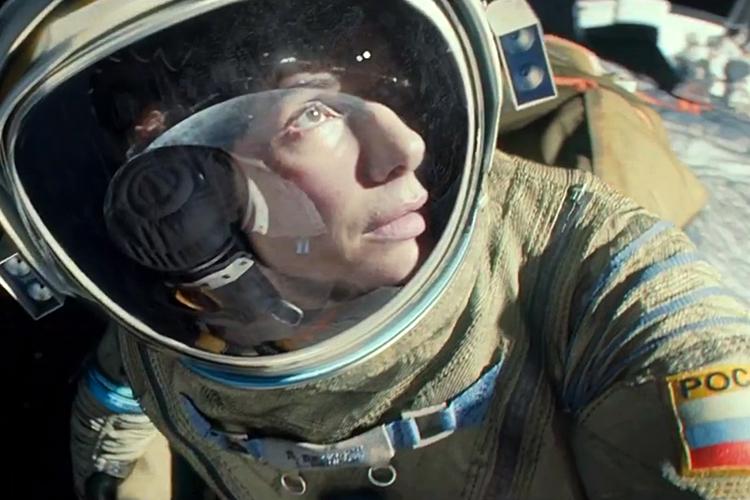 «Гравитация» (Gravity) фантастический космический фильм осени 2013 Сандра Буллок Баллок кадр из фильма