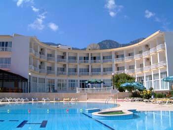 Прекрасный отель на Кипре