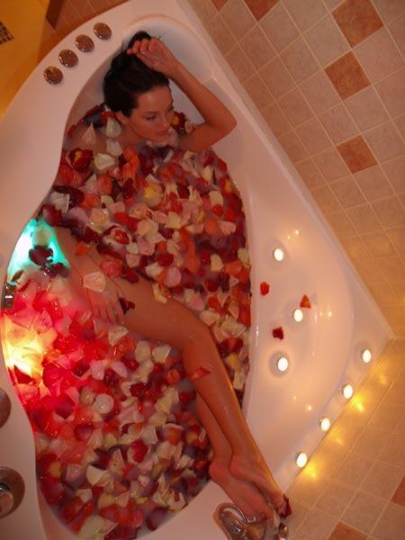 Как можно принимать ванну