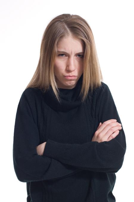 Ежедневные походы на работу могут стать крайне стрессовыми и разочаровывающими, особенно когда вам приходится иметь дело с постоянно плохо/негативно настроенным коллегой в офисе