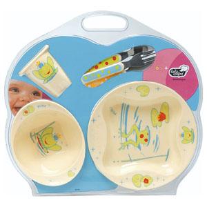 Как выбрать первую посуду для ребенка