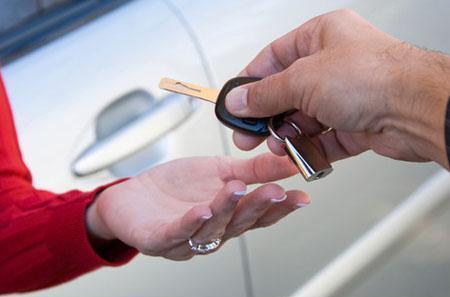 Как предоставляется услуга лизинга на автомобиль?