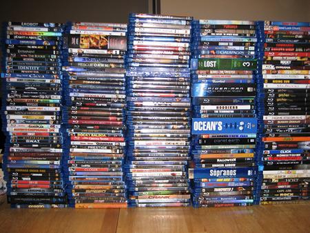 Если только вам не 10 или вы не живете в институтской общаге, очень маловероятно, что вы будете смотреть купленный DVD более пары раз