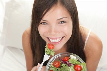Чувство голода с желанием что-то поесть называется аппетитом