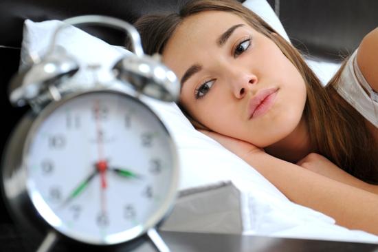 Как с помощью питания восстановить здоровый сон