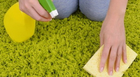 Как правильно чистить ковер с длинным ворсом?