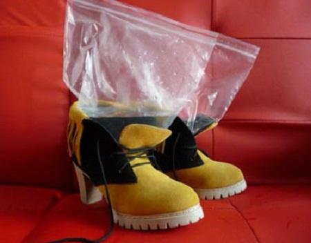 Как растянуть обувь в домашних условиях?