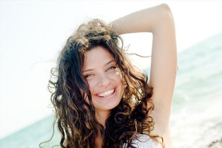 Как летом сохранить здоровье волос