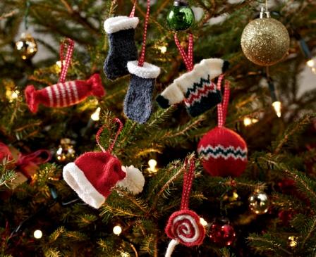 Как нарядить елку на Новый 2015 год: самые актуальные тренды от дизайнеров