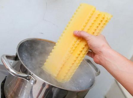 Как правильно приготовить итальянскую лазанью?