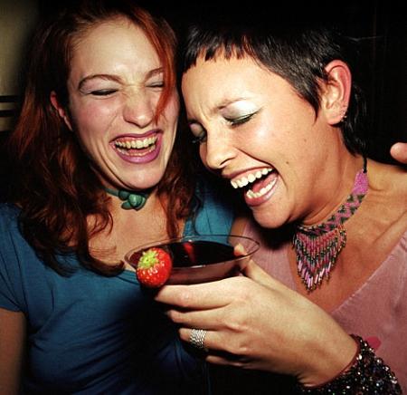 Как появляется женский алкоголизм: миф или реальность?