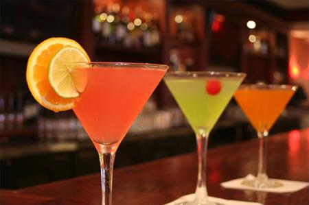 Летние коктейли – это легкие в приготовлении и освежающие коктейли