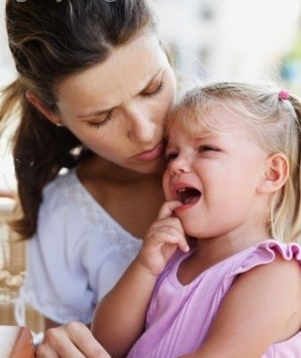 С готовностью, охотно подбадривайте и утешайте ребенка, если он попал в неприятности