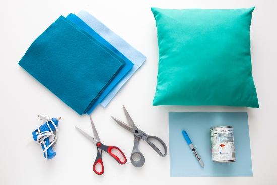 Как сделать оригинальные декоративные подушки с эффектом омбре
