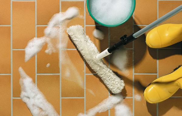 Как ухаживать за керамической плиткой?