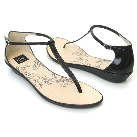 сандалии и вьетнамки не предназначены для длительного ношения или для энергичных движений