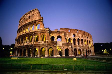 Съездите посмотреть на Колизей