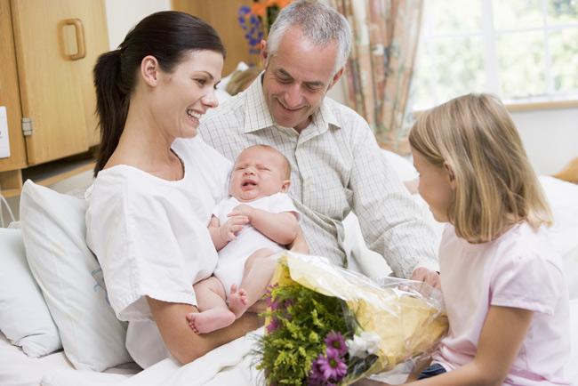 Как вести себя в роддоме будущей маме? Кормление.