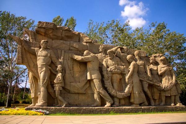 """Как устроен комплекс """"Героям Сталинградской битвы"""" в Волгограде"""