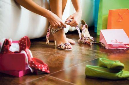 Как выбрать модную обувь на весенне-летний сезон: тренды 2015 года