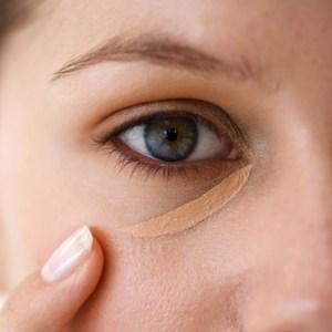 Тональный крем под глаза