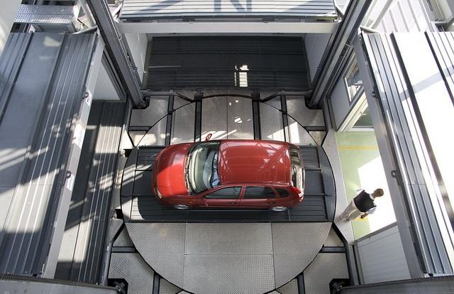 Как работают системы многоуровневых парковок
