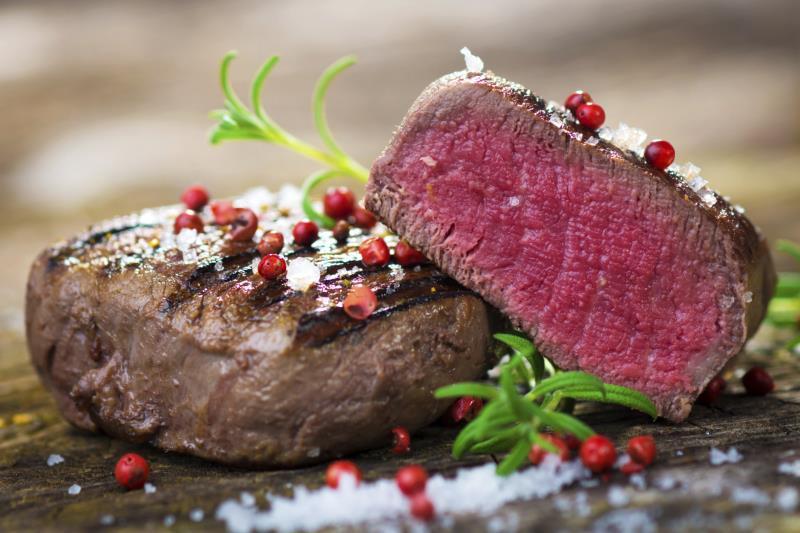 Как приготовить идеальный стейк в домашних условиях?