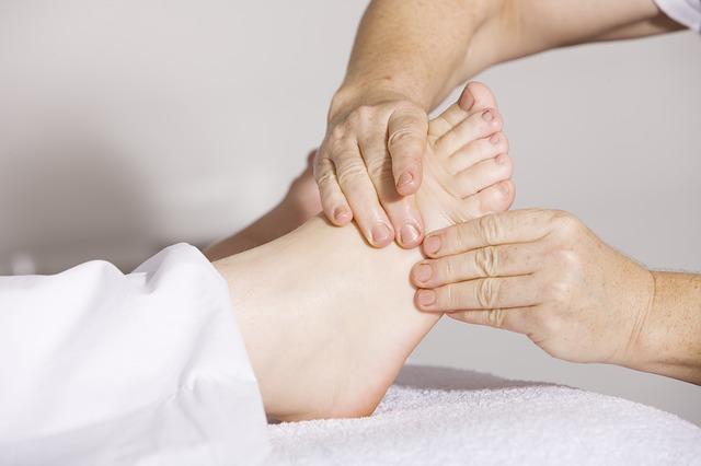 как убрать шишки на ногах