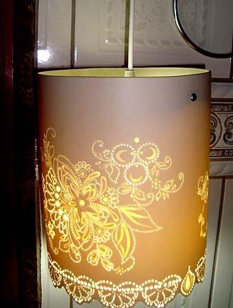 Как сделать оригинальный светильник из ПВХ трубы