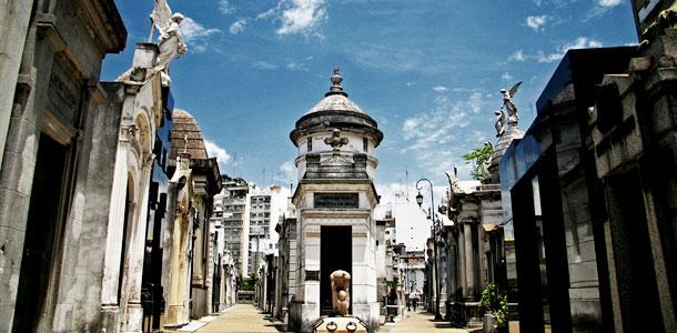 Буэнос-Айрес Кладбище Реколета, где похоронена Эва Перон