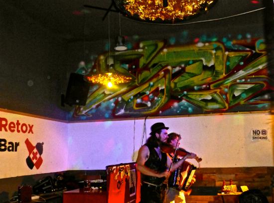 Хостел для вечеринок Топ-10 в мире  Retox Party Hostel, Будапешт, Венгрия