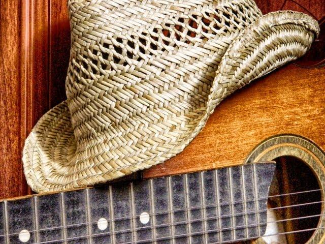 Как правильно ухаживать за соломенной шляпой?