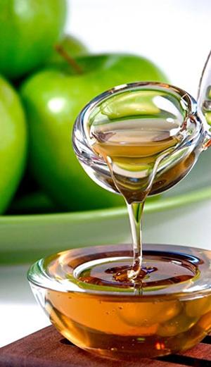 Добавьте в смесь для ванны пять капель эфирного масла зеленого яблока