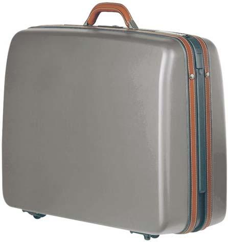 как выбрать чемодан дорожный на колесах.