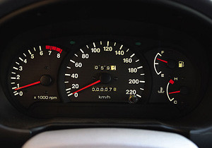 Как определить пробег при покупке подержанного автомобиля?