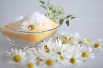 Как сделать ароматную соль для ванн?