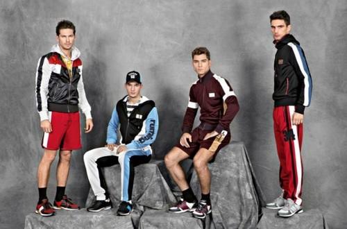 выбрать спортивный костюм