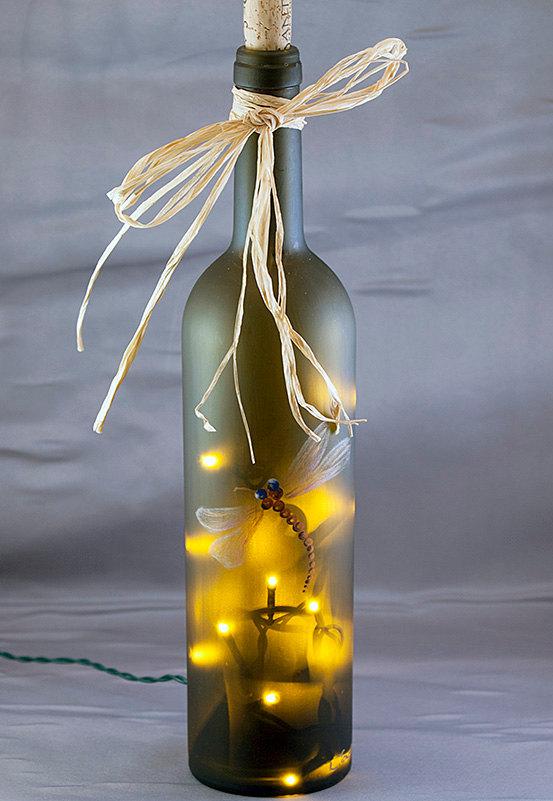 вариант декорирования бутылки-светильника