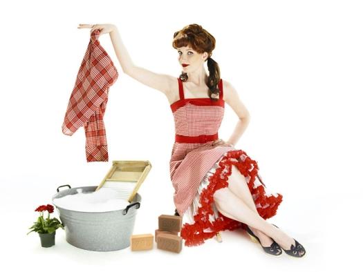 Как часто нужно стирать и чистить белье и бытовые предметы в доме