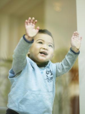 У малышей могут возникать трудности с пониманием и выражением своих чувств и эмоций