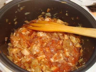 Как приготовить тушёную капусту с индейкой в мультиварке