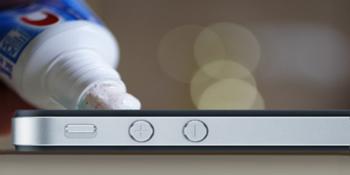 Как избавиться от царапин на iPhone или iPad народными средствами?