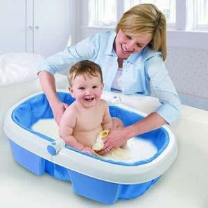 Как выбрать детскую ванночку