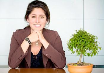 Как бизнес леди выбрать ювелирные украшения для офиса
