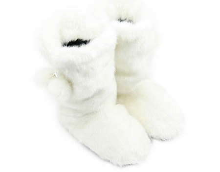 белые пышные сапоги – дутые или меховые